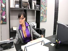 Shes The Boss - Elegant Angel