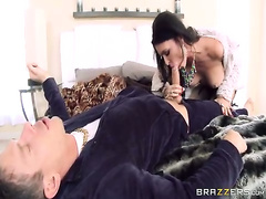 Married To The Mob - Jessica Jaymes