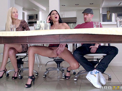 Party guest Nikki Daniels seduces a bored Danny D