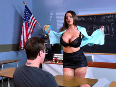 Milf teacher Brooklyn Chase flaunts her big tits at her student