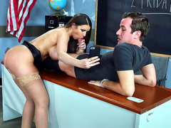 New teacher Brooklyn Chase takes selfie while blowing her student in class