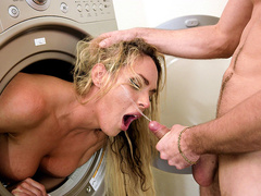 Milf Tegan James facialized while in a laundry dryer