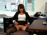 Boss Tiffany finally gets her pussy licked in her office