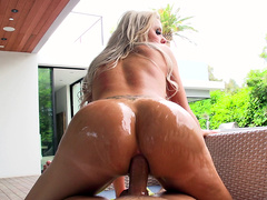 Nina Elle bounces and jiggles her big butt cheeks as she rides anal