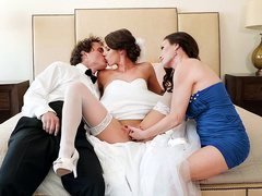 Milf Diamond Foxxx starts a threesome with her stepson and his bride Evelin Stone