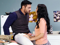 Horny In Home Ec Starring Sofi Ryan - Brazzers HD