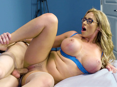Busty bombshell Eva Notty gets fucked lying on her side