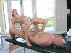 Alexis Fawx riding and squirting all over her massage therapist