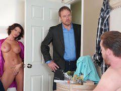 Brazzers HD: Late Riser Gets Laid Starring Joslyn James
