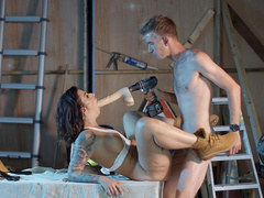 Construction workers Ivy Lebelle gets drilled by Danny D