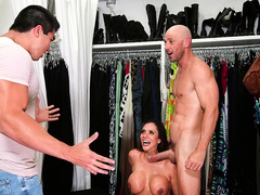 Ariella Ferrera gets caught by her husband with the store clerk
