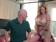 MILF On The Prowl Featuring Eva Notty - Brazzers HD