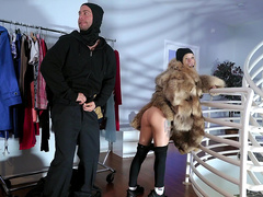 Robbing Momma with Lexi Luna and Kenzie Reeves - Reality Kings HD