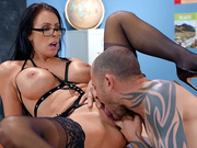 Hot Milf teacher Reagan Foxx gets her pussy licked by her student