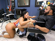 Latina Rose Monroe gives barber Derrick Ferrari a nice blowjob