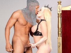 Capture The Queen Featuring Nikki Delano - Big Wet Butts HD