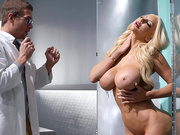 Brazzers HD - Thawed Out And Horny - Nicolette Shea